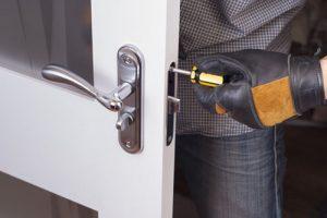 hiring a home locksmith